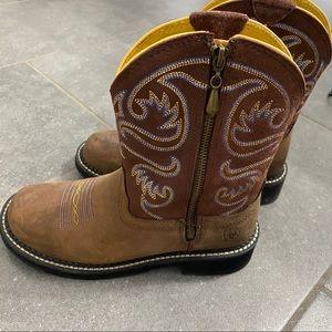 Women's Ariat boots size 7.5